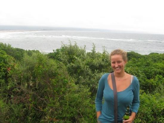 Albergo for Backpackers: walk in Plett on a cloudy day