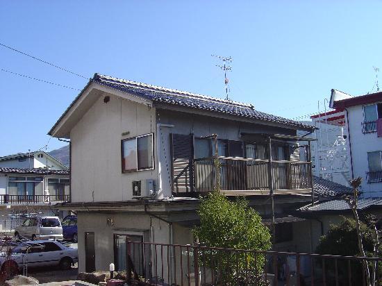 Ryokan Seifuso: our room was in the building next door