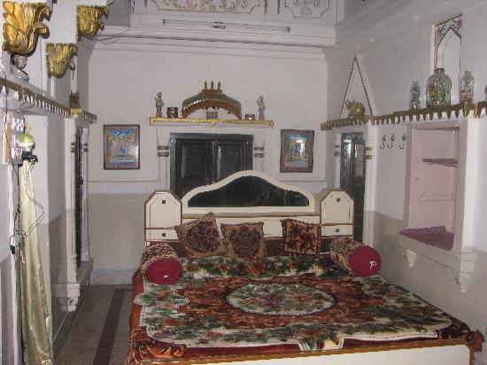 Shahi Guest House: The Queen room.