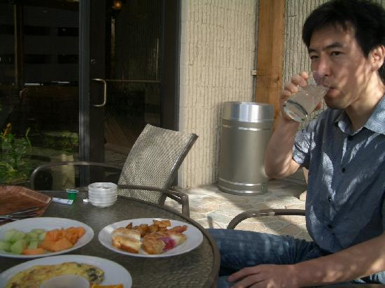 Embassy Suites by Hilton Fort Worth Downtown: 朝食ブッフェ