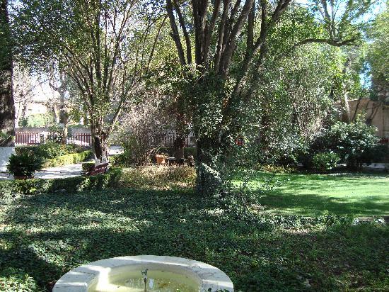 Hotel Rancho El Morillo : jardin