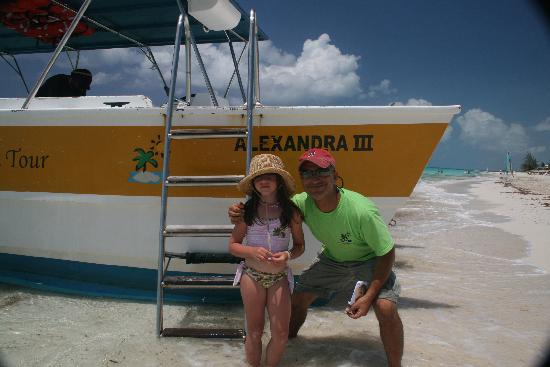 Caicos Dream Tours: Friendly  Caicos dream Tour owner