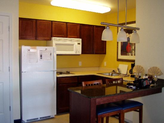 Residence Inn Tucson Williams Centre: Kitchen Area