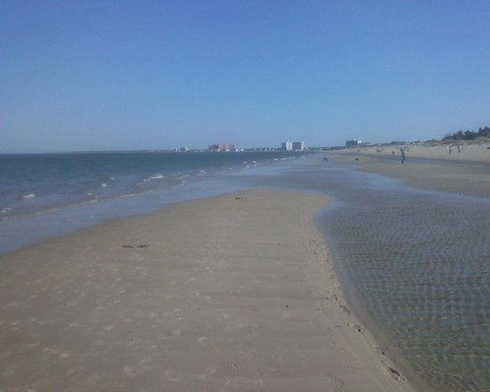 Virginia Beach, VA: Heading towards the Lesner Bridge (on Chicks Beach)