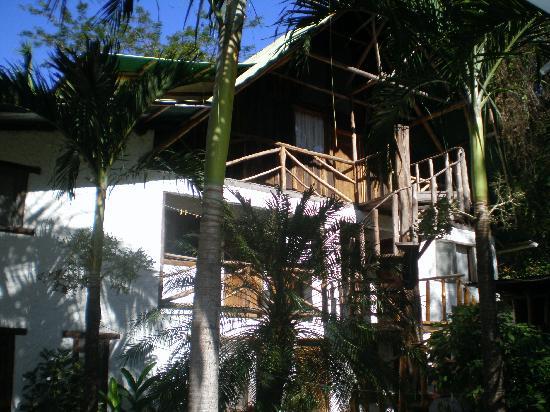 Hotel Entre Dos Aguas: External view