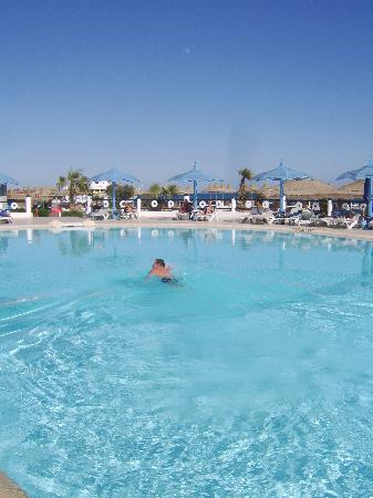 Dessole Aladdin Beach Resort: pool