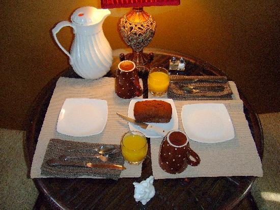 The Twin Lakes Lodge : Breakfast - Day Three - First Course (gingerbread loaf) - oh SO good!