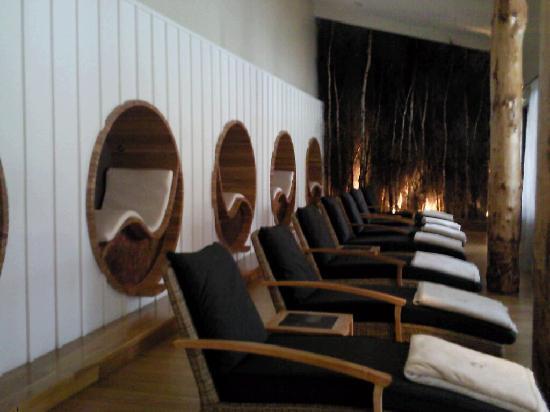 Monart: relaxation room