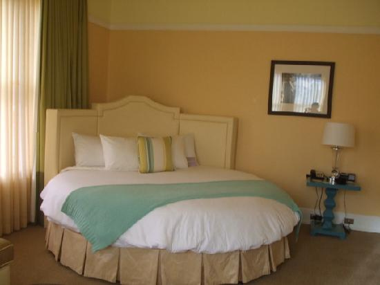 Hotel deLuxe: The Marlena Dietrich Suite