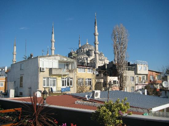 Dersaadet Hotel Istanbul: view from the terrace