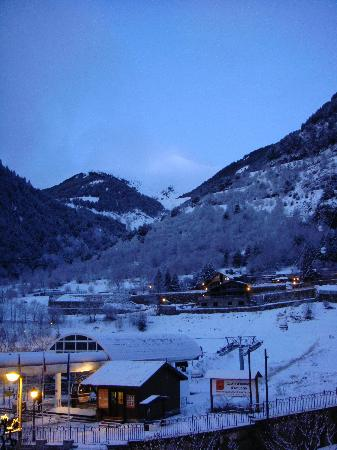 Hotel Montane: View of the Gondola From The Room