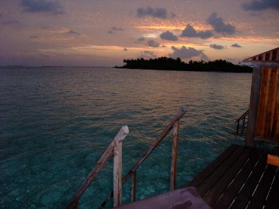 Cinnamon Hakuraa Huraa Maldives : Sunset on 168