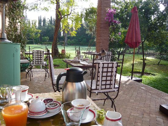 Dar Zemora: Breakfast