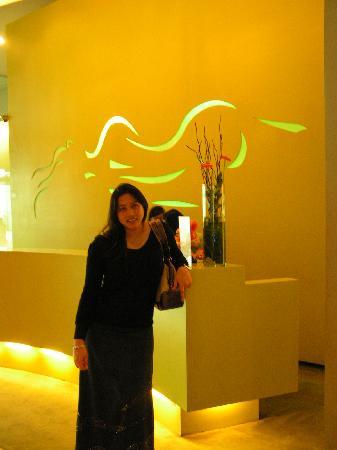 Sparks Life Jakarta: Reception area