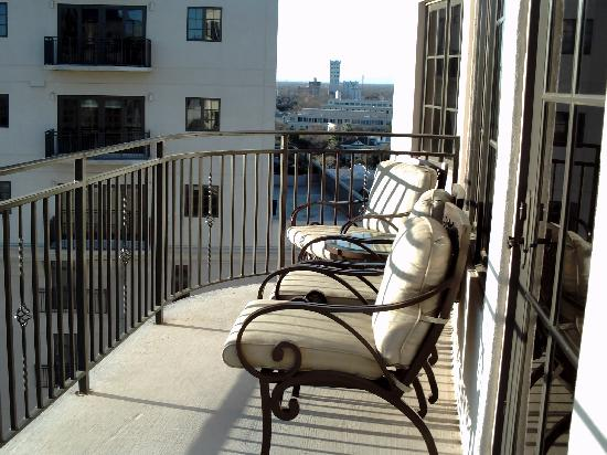 Wyndham La Cascada: Nicely furnished balcony