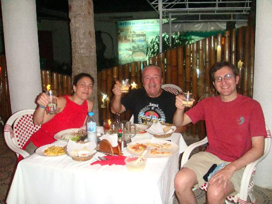 Bougainvilla Resort: Dinner at Luna Rossa with Mario, the owner