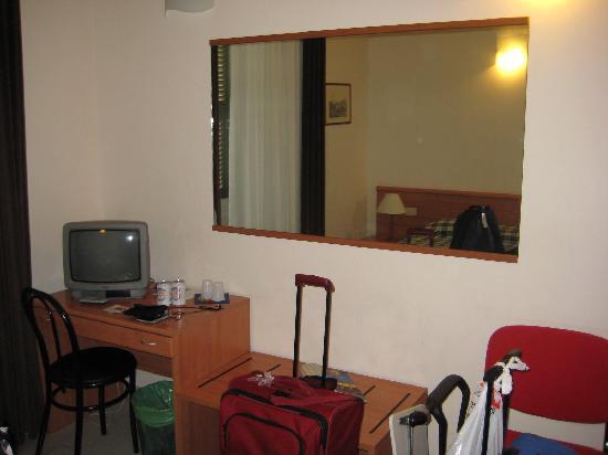 Principe Eugenio: Desk in the Room.