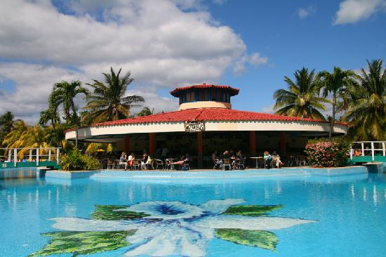 Piscine hotel villa cuba picture of be live experience for Piscine varadero