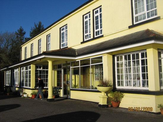 Мэкрум, Ирландия: Coolcower House
