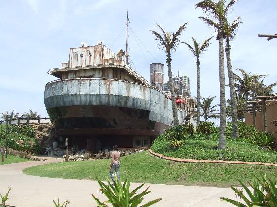 uShaka Marine World: Shipwreck