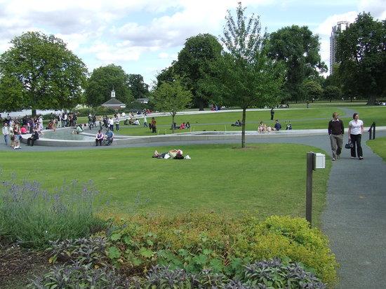 Diana Princess of Wales Memorial Fountain: Fountain 1