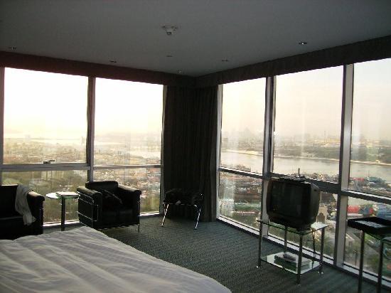 Hilton Dubai Creek : room interior