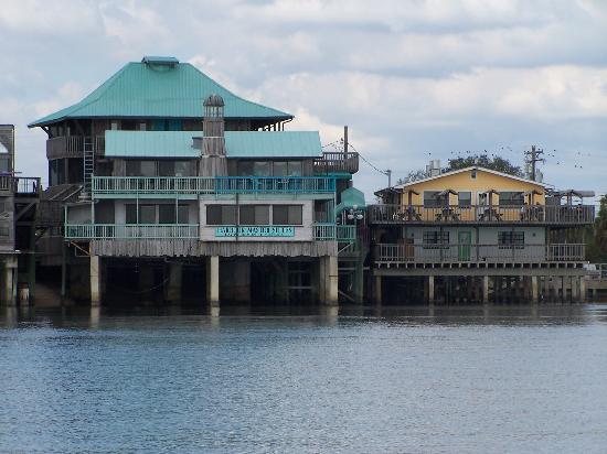Cedar Key Fl Dock St Restaurants From Water Side