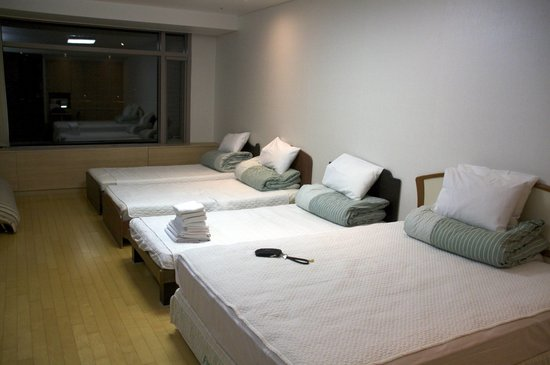 Incheon Airport Guesthouse: The large room