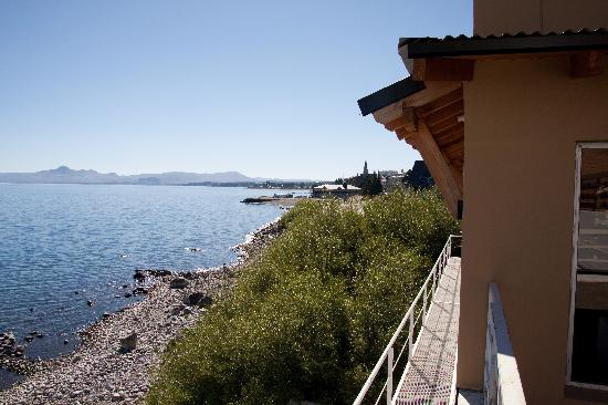 Hotel Bariloche Flat: Part of view with the hotel