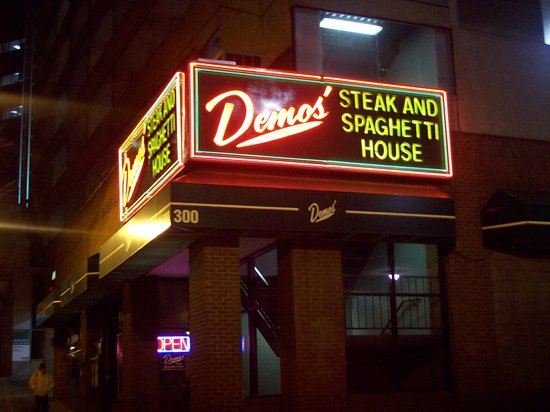 Demos 39 steak and spaghetti house nashville downtown for Dining nashville tn