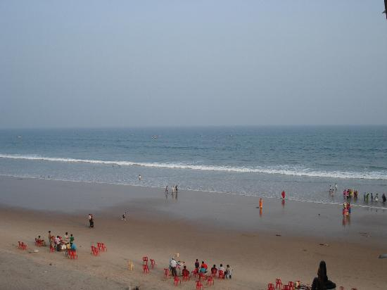 Gopalpur On Sea, India: sea beach of gopalpur in the evening
