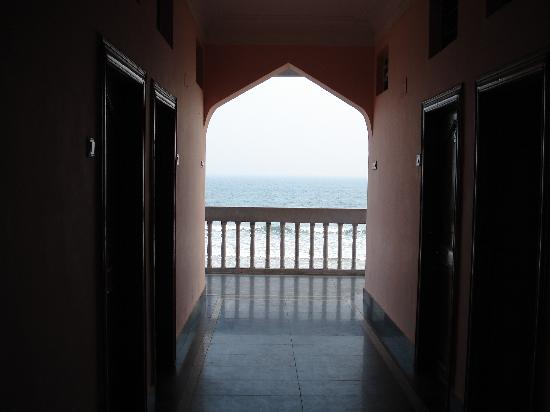 Gopalpur On Sea, Indien: view of sea from hotel balcony