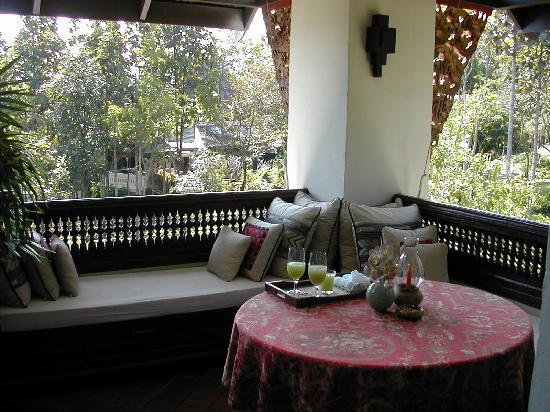 Lana Thai Villa: Balcony