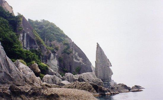 Sai-mura, Japan: 奇石がゴロゴロ仏が浦