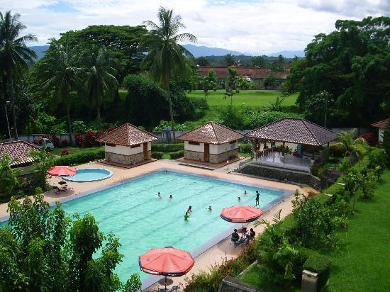 Lahat, Indonesia: The pool