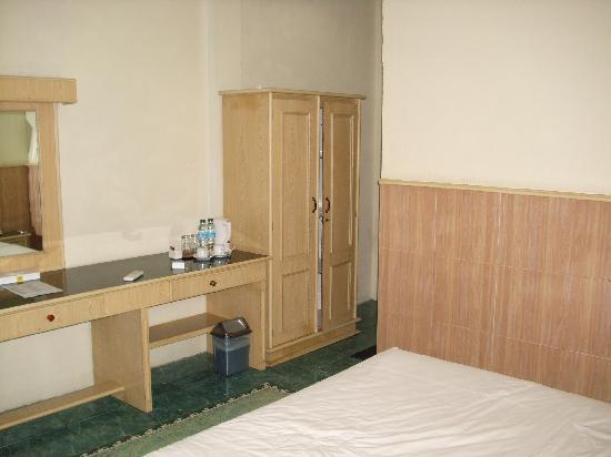 Duta Hotel: Guest room