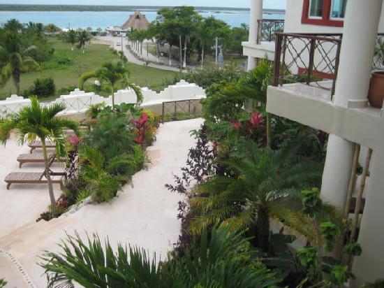 Foto de villas bakalar bacalar garden at villas bakalar for Villas wayak bacalar