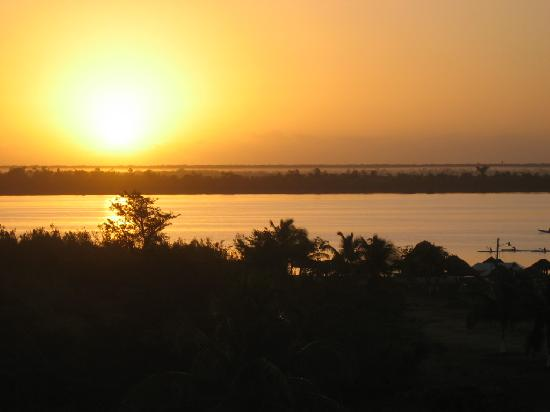 Villas Bakalar: Sunrise over Laguna Bacalar from the villa