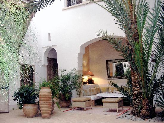 Dar Housnia : cour intérieur