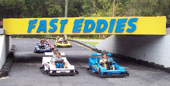 Fast Eddies Fun Center: Crazy 8 track