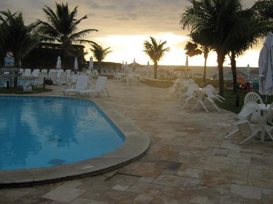 Prodigy Beach Resort Marupiara: la piscina en el hotel