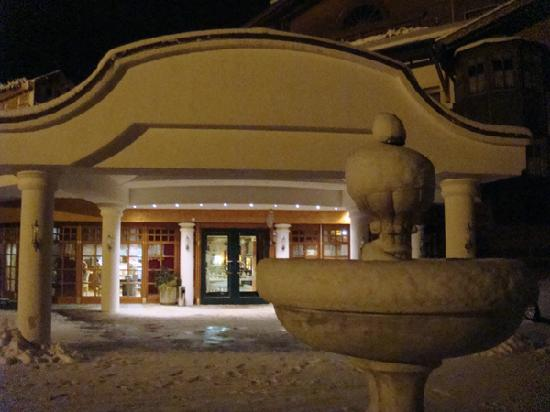 Rimbach, Alemania: Einfahrt: verschneit + nachts