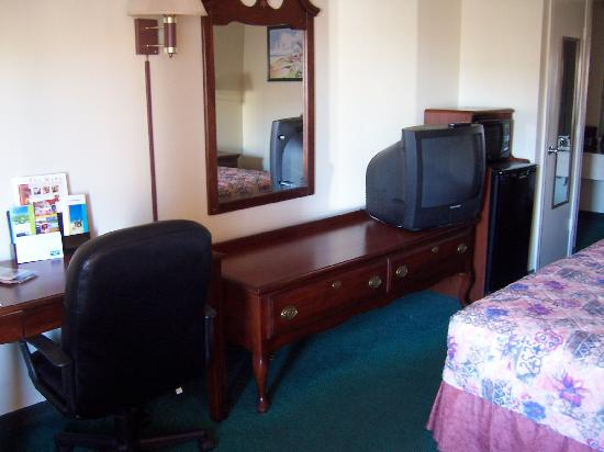 Rodeway Inn Corpus Christi: ground floor room