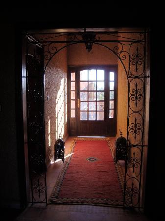 Riad Nezha: interior magnificence