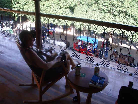 Hotel Plaza Colon : Enjoying the balcony at the Plaza Colon
