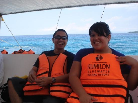 Bluewater Sumilon Island Resort: on the boat to the island