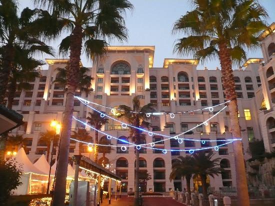 Lotte Hotel Jeju: ホテル外観