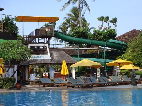 Bali Dynasty Resort: pool area