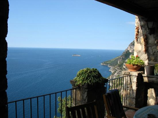 La Grotta dei Fichi: View from the veranda