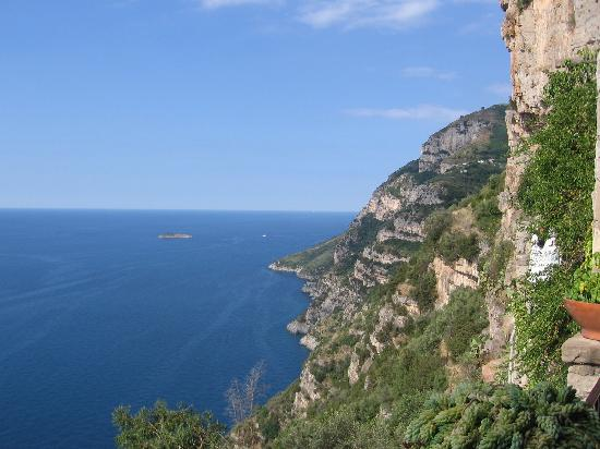 La Grotta dei Fichi: View from the villa